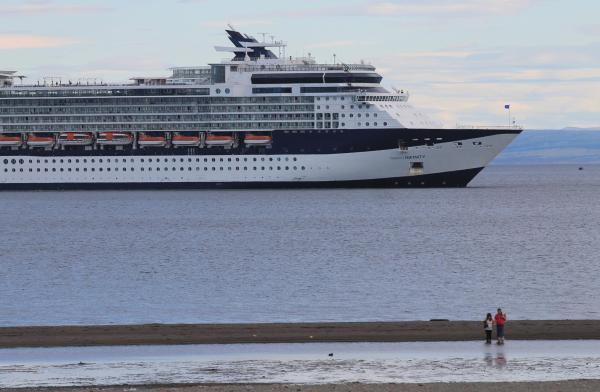 Crucero en Magallanes. Luisa Villablanca