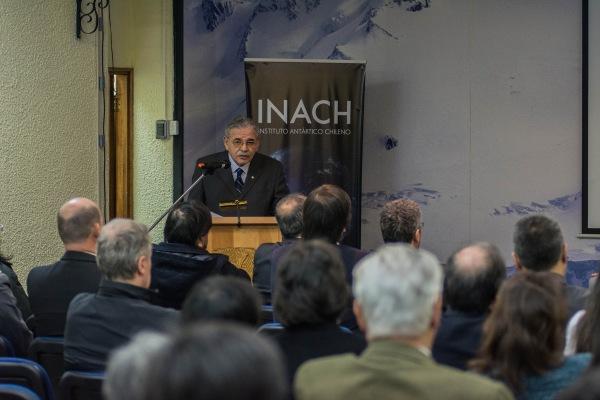 Dr Jose Retamales durante cuenta publica INACH 2015