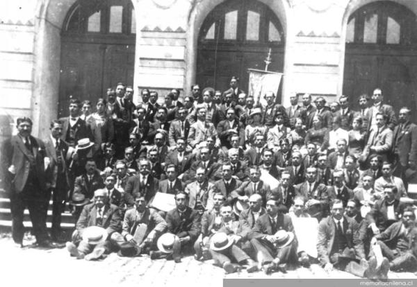 Federación Obrera de Magallanes. Foto Memoria Chilena