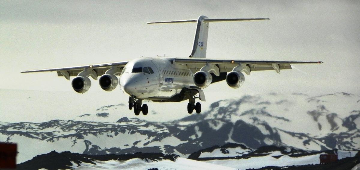 Vuelos entre Punta Arenas y Antártica llegarán a nuevo récord con al menos 250 viajes en 2018